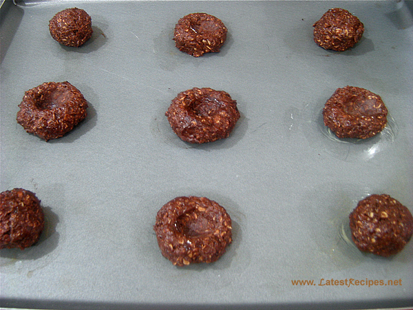chocolate_oatmeal_thumbprint_cookies_2