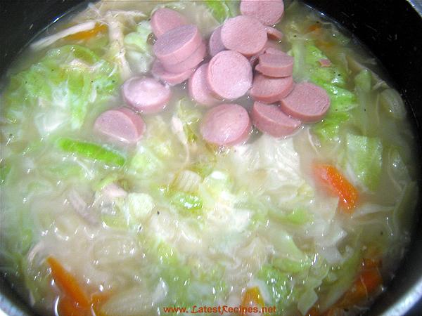 macaroni_soup_or_sopas