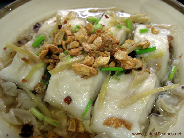 chinese_steamed_fish_fillet_with_toasted_garlic_and_chillli_flakes_3
