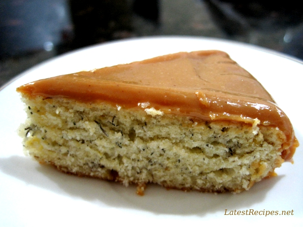banana_caramel_cake