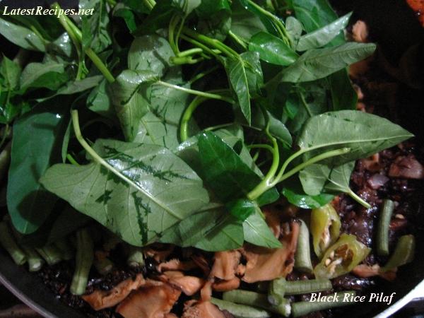 black_rice_pilaf_with_string_beans-waterspinach_shiitake_mushroom