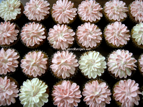 flower_cupcakes_1