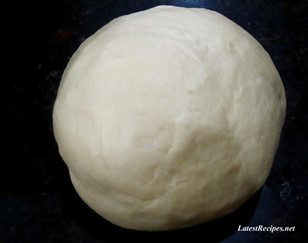 cinnamon_rolls_dough_2