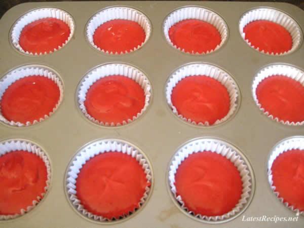 red_velvet_cupcakes_5
