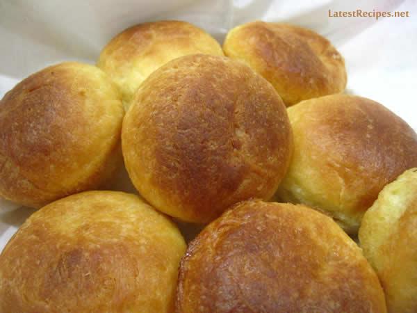 brioche_rolls_yema_filling