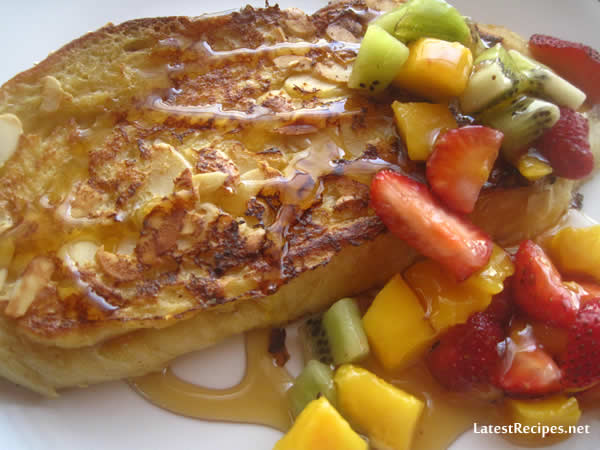 pain_perdu_challah_french_toast_with_almonds