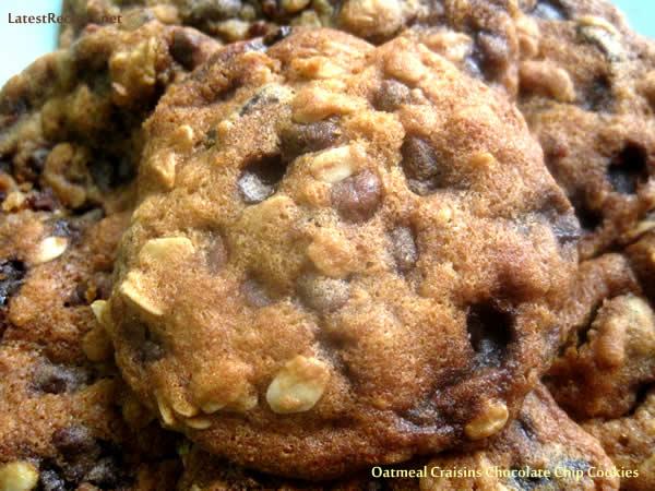 oatmeal_craisins_chocochip_cookies