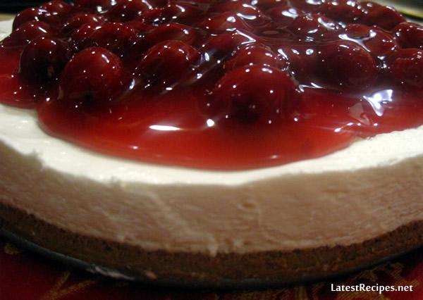 no_bake_cheesecake_cherry_topping_1